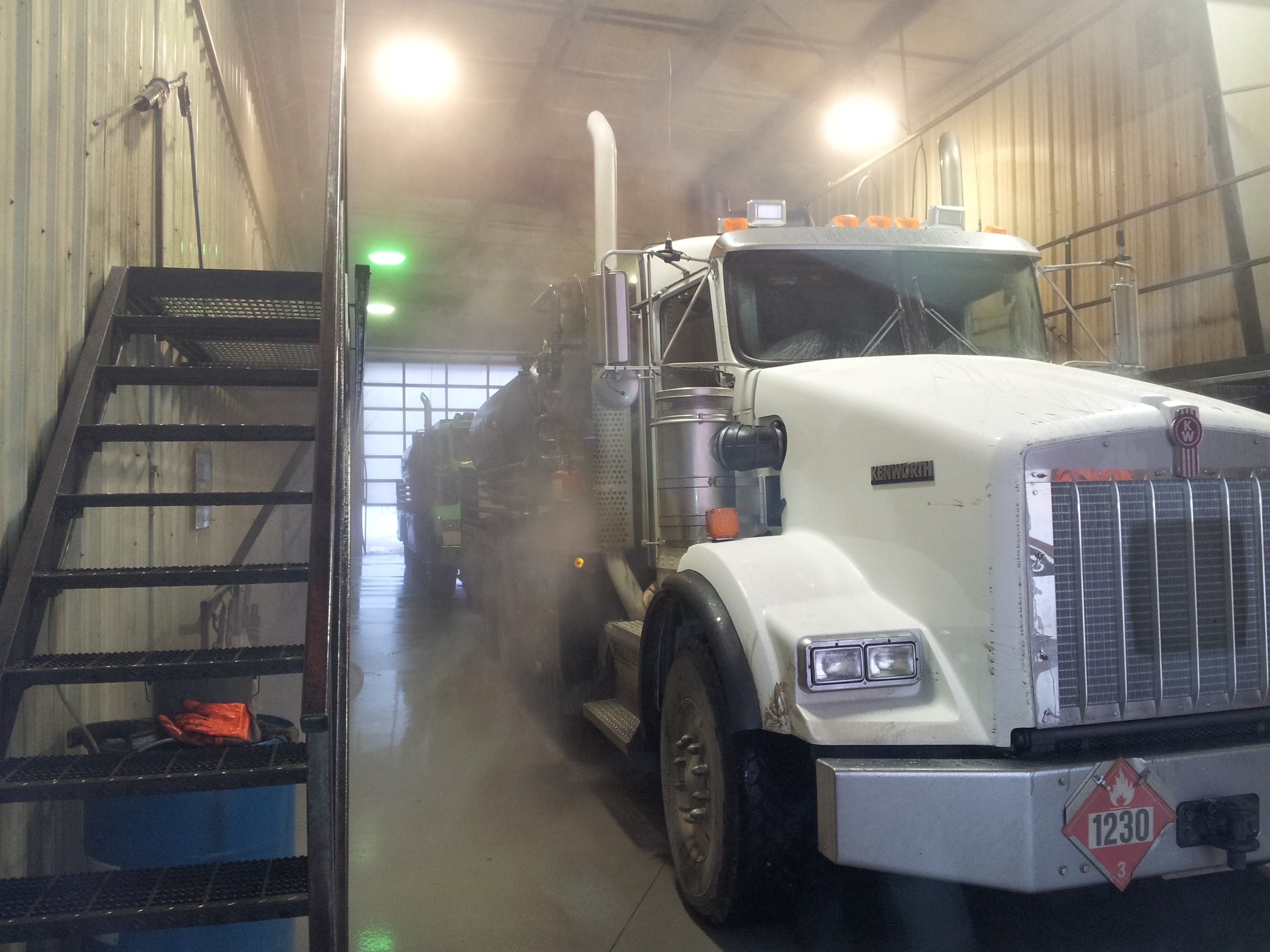 Outwest Truck Amp Car Wash We Want The Dirt On You